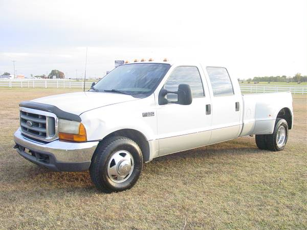 Photo 2000 FORD F350 CREW CAB DUALLY XLT V10 - $8,500 (Mounds)