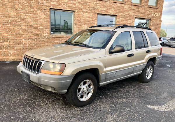 Photo 2000 Jeep Grand Cherokee Laredo Sport - $2400 (tulsa)
