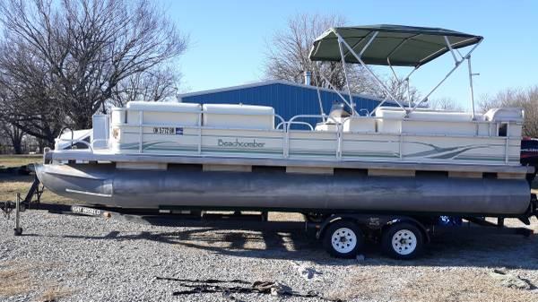 Photo 2004 Beachcomber 24 foot Islander pontoon - $10,900 (Nowata)