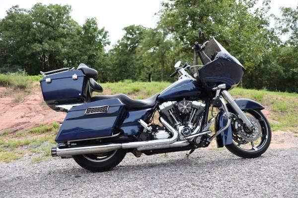 Photo 2012 Harley Road Glide FLTRX - $10,500 (Newalla)