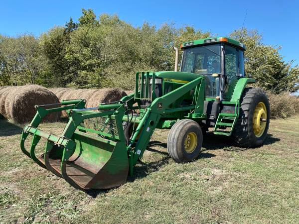 Photo 7810 John Deere Tractor with Cab and Loader - $43,900 (Severy,Ks)
