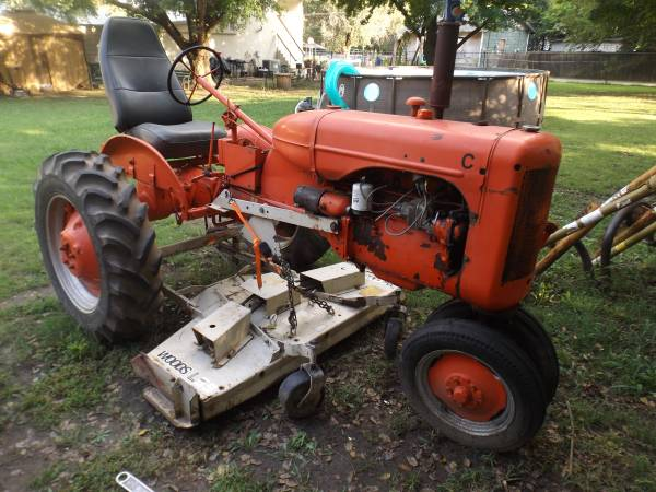 Photo Allis-Chalmers C model tractor with belly mower - $1,650 (tulsa)