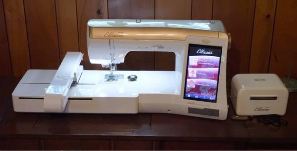 Photo Babylock Ellisimo Gold Embroidery Machine - $3,450 (Bartlesville)