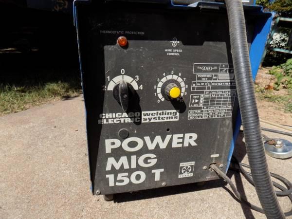 Photo Chicago Electric Mig Welder - $100 (131st Memorial)