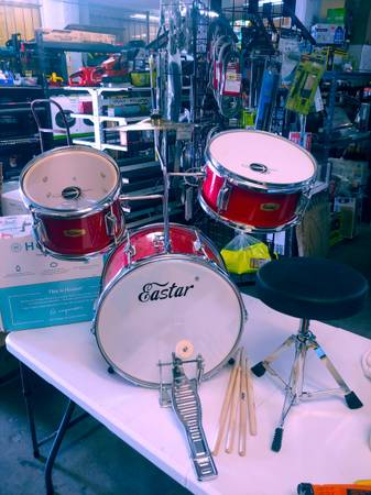 Photo Eastar drum set 14quot kids lightly used everything works good - $50 (Jk tools)