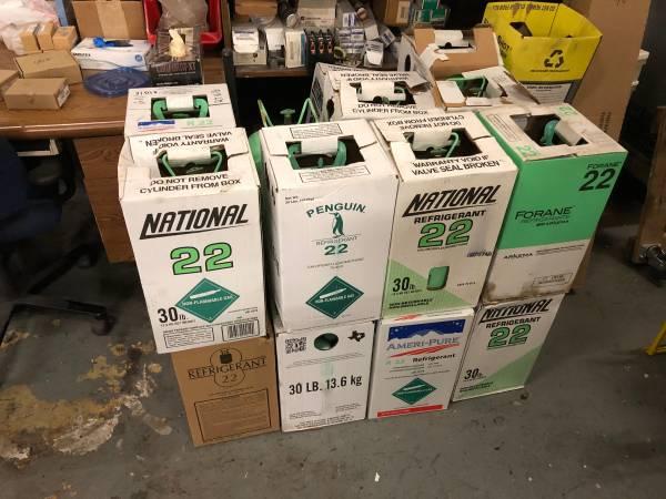 Photo Empty R22 Freon Bottles 30lbs - $10 (Tulsa)