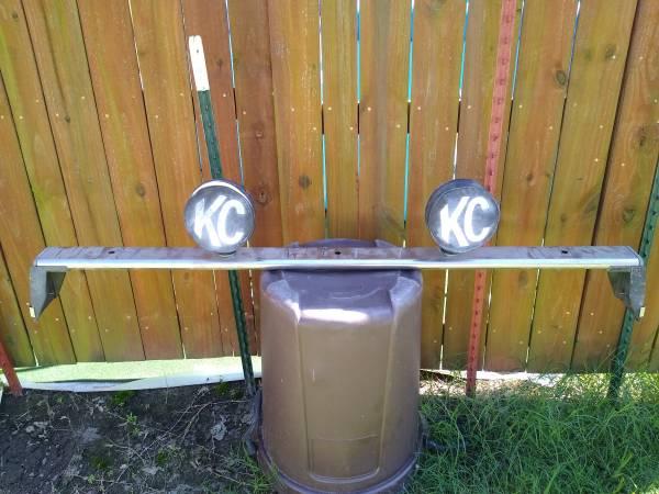 Photo Kenco Light bar for 3973-79 Ford F150 - $40 (Inola, OK)