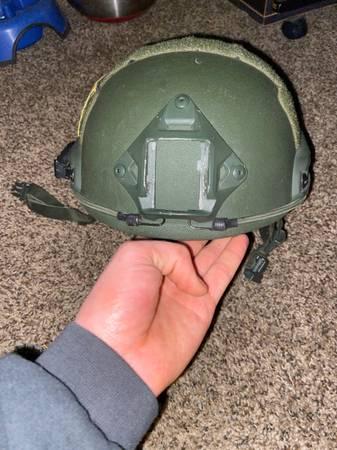 Photo Kevlar helmet - $250 (Bixby)