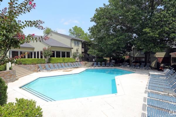 Photo Living-Room to rent (Tulsa)