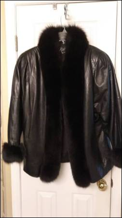 Photo Vintage Roxciticus womens black leather and fur jacket - $100 (Broken Arrow)