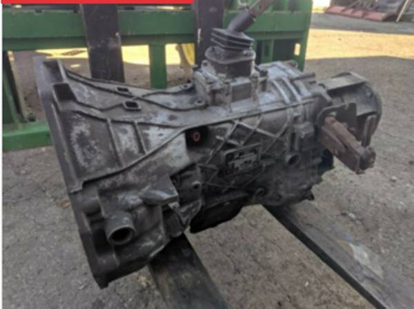 Photo ZF trans housing Ford Small block - $250 (Cookson)