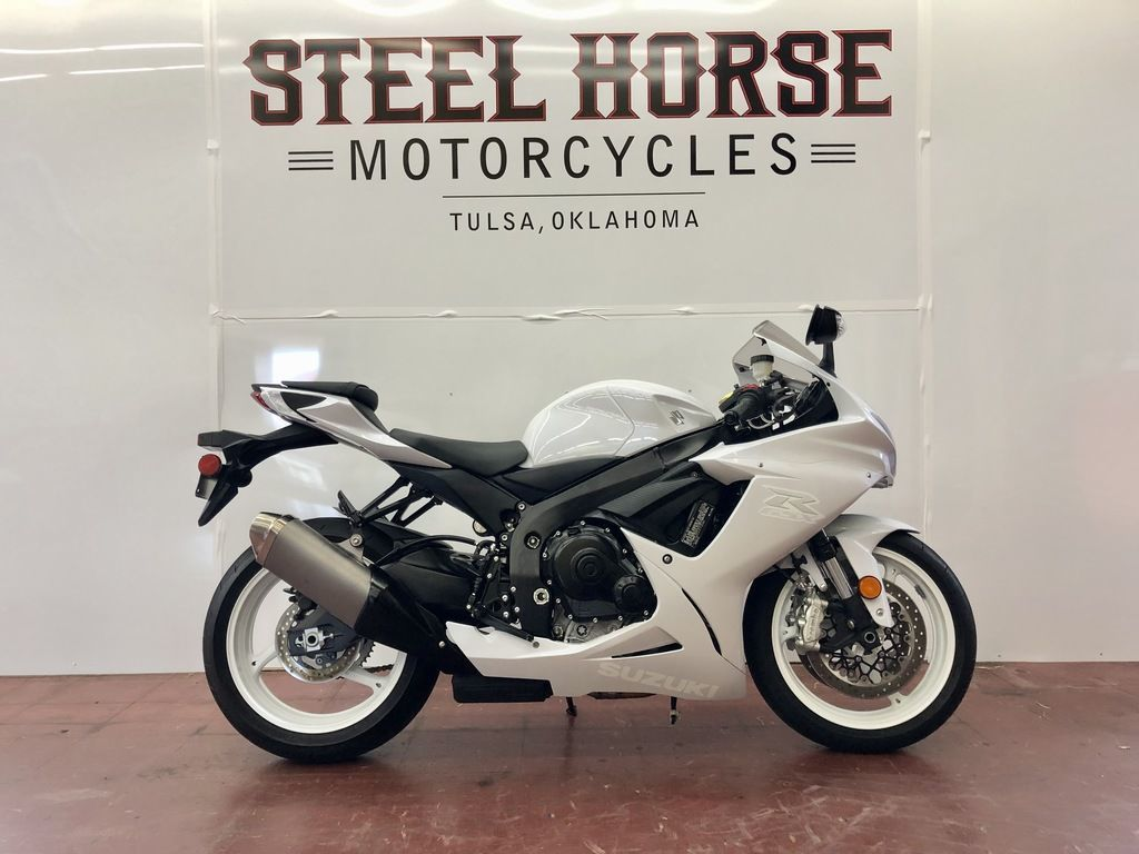 Photo Used 2019 Suzuki Sportbike Motorcycle  $10495