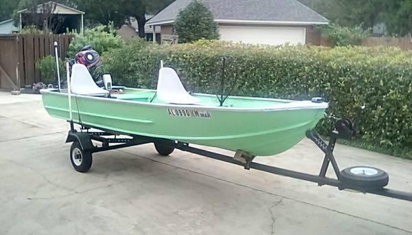 Photo 14 FT. JON BOAT NEW MOTOR - $2,500 (Prattville)