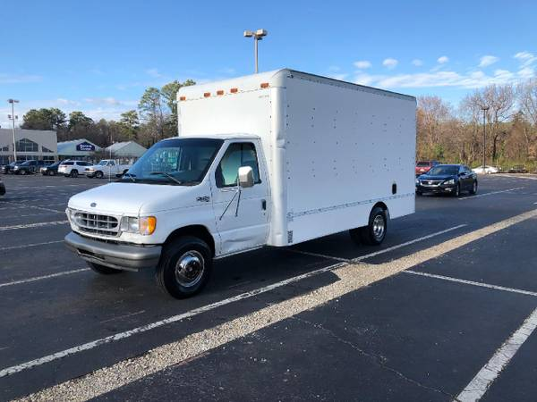 Photo 1998 Ford box truck 7 3 diesel - $5850