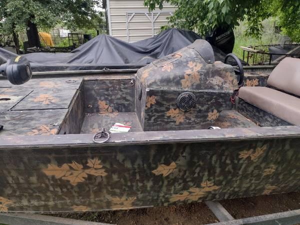 Photo 1999 Fisher Marsh Hawk Boat - $18,500 (Demopolis)