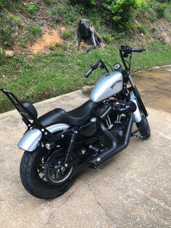 Photo 2015 Harley Iron 883 (1275) - $9,000 (Ashville)