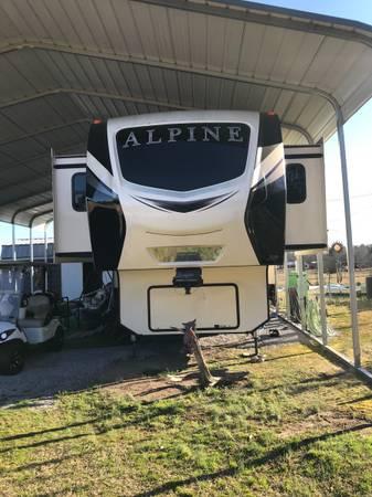 Photo 2019 Keystone Alpine 5th wheel - $72,500 (Jemison)