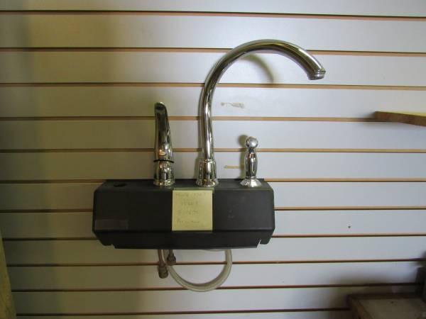Photo Moen 7730 C, Kitchen faucet - $75 (Athens)