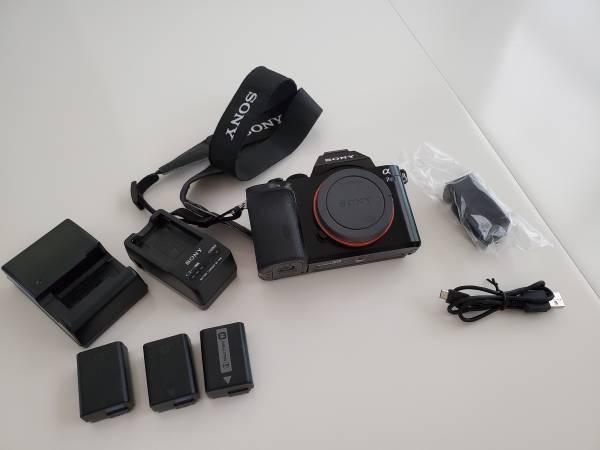 Photo Used Sony A7s Camera with Box - $800 (Tuscaloosa)