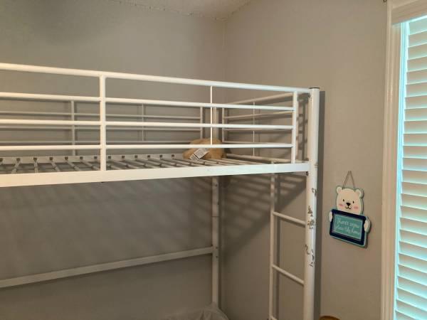 Photo White twin size loft bed - $50 (Tuscaloosa)