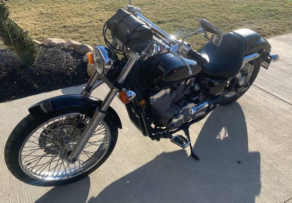 Photo 2008 Honda Shadow - $3,500 (Streetsboro)