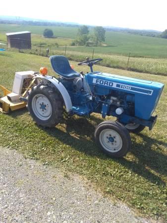 Photo Ford 1100 Diesel garden tractor - $3,650