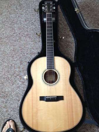 Photo Larrivee L05E AcousticElectric Guitar - $900 (Sugarcreek)