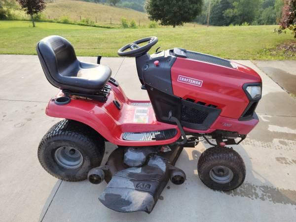Photo T3200 Craftsman Tractor 22Hp - $1,500 (Scio, Oh)