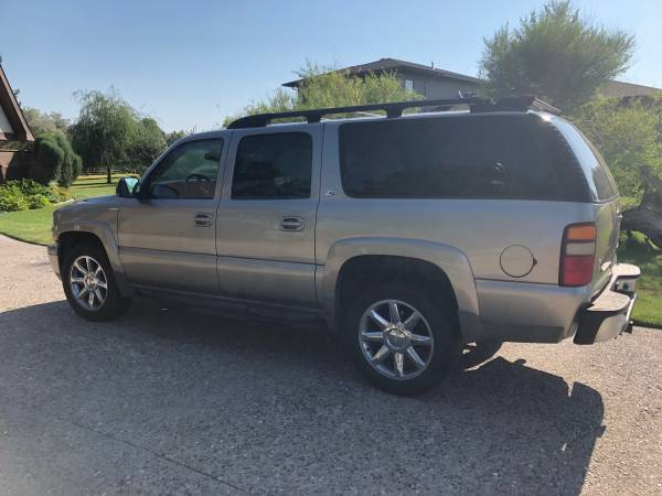 Photo 2001 Chevrolet Z71 Suburban - $4500 (Twin Falls)