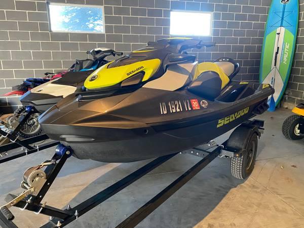Photo 2020 Seadoo GTR 230  2019 Spark 90 - $25,000 (Eagle)
