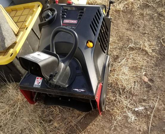 Photo 21quot Gas Powered Craftsman Snow Blower Electric Start - $150 (Bliss)