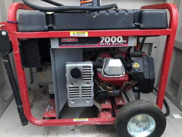 Photo 7000 watts Generac Power generator - $500 (Boise)