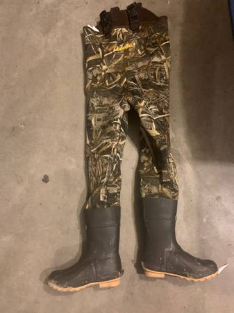 Photo Cabelas insulate waders mens size 6 - $60 (Eagle)