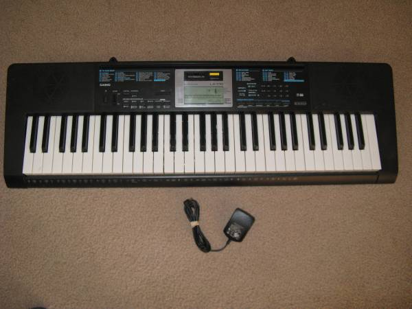 Photo Casio Keyboard LK-170 - $60 (Twin Falls)