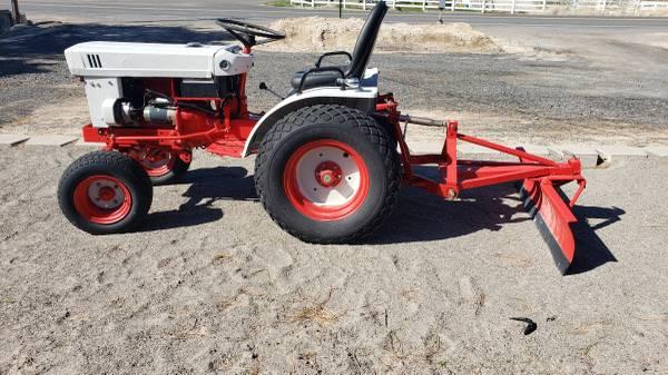 Photo Iseki Diesel garden Tractor - $4900 (TWIN FALLS)