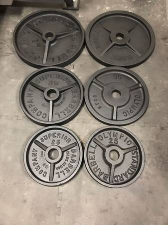 Photo Olympic Weight Set - $120 (Magic Valley)
