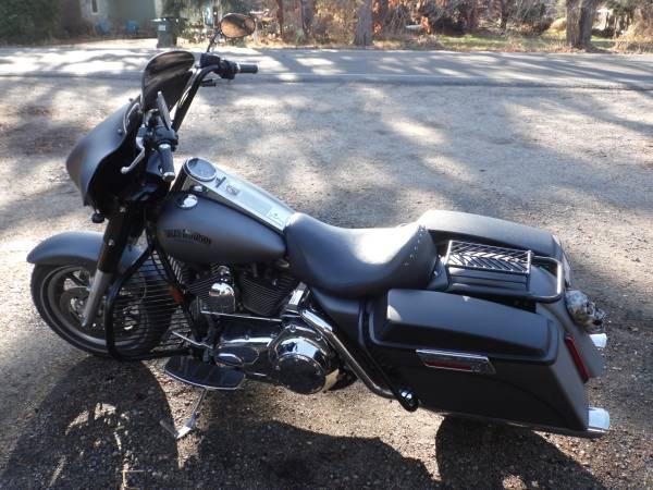 Photo One of a kind 07 Harley Davidson Road King - $9,500 (Kuna)
