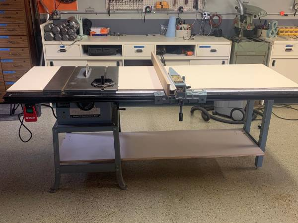 Photo 10quot DELTA Contractor Table Saw w Unifence 1 12 HP 115230 motor - $600 (Tonawanda)