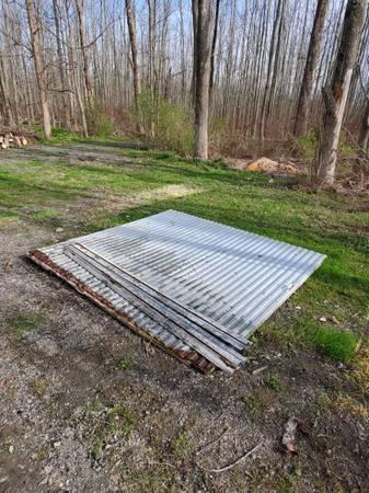 Photo 97quot x 102quot Sliding Barn Door - $50 (Eden)