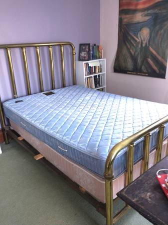 Photo Brass Bed, double size - $100 (Bradford)