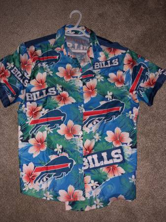 Photo Buffalo Bills Mens Shirt - $25 (Niagara Falls)