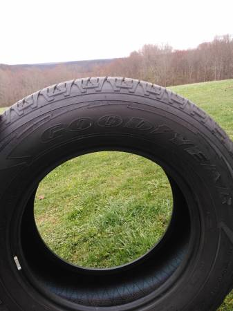 Photo Goodyear Wrangler Fortitude - $400 (Russell)