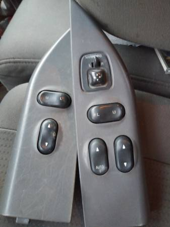 Photo Power door lock, window and mirror switches and mounts - $125 (1997-2003 Ford F150 and Expeditions)