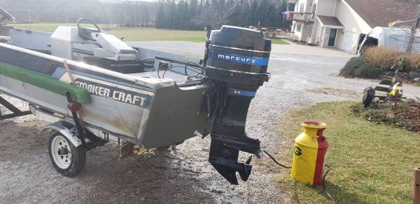 Photo 16 FT SMOKER MAGNUM BOAT with TRAILER - $1,500 (Cascade)