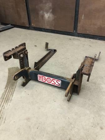 Photo Boss RT3 plow mount - $250 (Manistique)