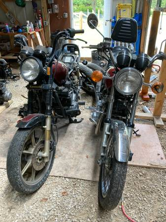 Photo KZ750 Spectre  Frame  LOTS of Parts - $1,300 (Sister Bay)