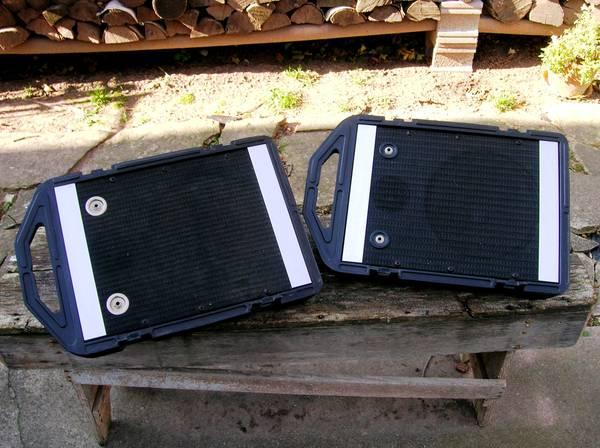 Photo Peavey Mini Monitors Speakers - $125 (Ashwaubenon)