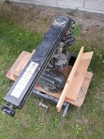 Photo Radial Saw, Sears Craftsman 10quot - $90 (Thompson)