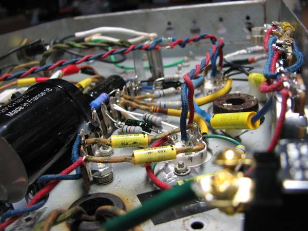 Photo Wanted Old Broken Vacuum Tube Guitar Amps