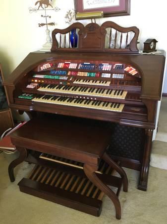 Photo Wurlitzer 950TA Theater Organ - $200 (Gladstone)